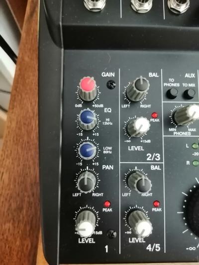 ICOM IC746 avec micro Tonor BM700 et mixer Alto Reglage-Alto-ZMX52